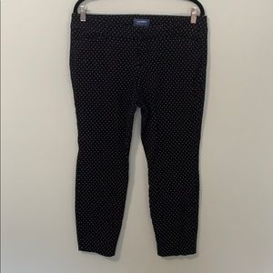 Old navy Pixie Mid Rise pants size 14p